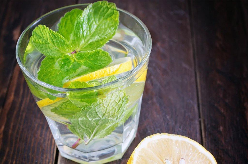 Cocktails, Bowle und Rumtopf Mixgetränke aus Rum